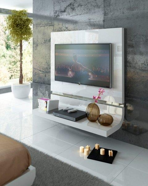 Panel TV a pared
